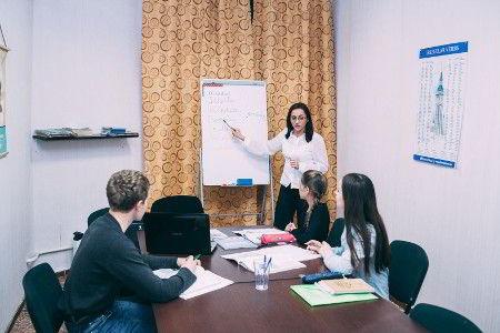 Буде Talk - курси англійської мови