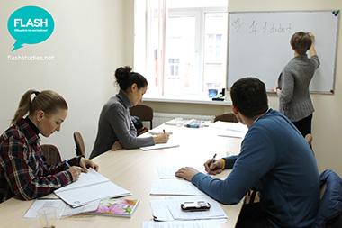 Flash - курси англійської мови